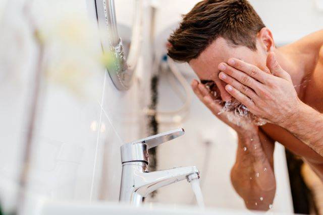 脂性肌は男性ホルモンの影響?