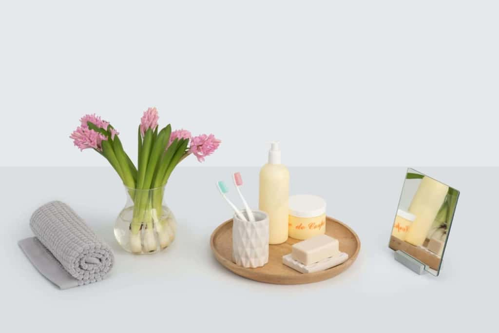 レチノールクリームの使い方3:シミを作る紫外線を避けるため、使用は夜のみで!