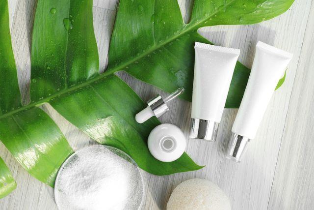 美白化粧水や美白美容液など…美白化粧品を併用するポイントは?