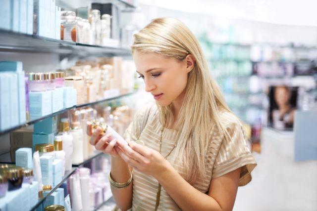 ビタミンCなど、他の美白化粧品と混ぜて使っていい?