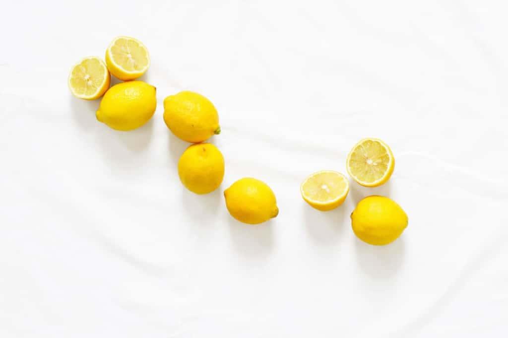 「ビタミンC誘導体」とは?ビタミンCとの違いや化粧成分の基礎知識